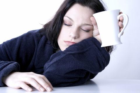 Сонливость и хроническая усталость - Признаки йода дефицита, на которые мы часто не обращаем внимание