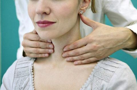 Аутоиммунный тиреоидит и выпадение волос имеют общую основу – сбой в уровне гормонов