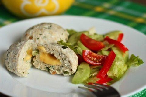 Блюда, приготовленные на пару, должны быть основой рациона больных с тиреотоксикозом