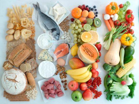 Сбалансированное и разнообразное питание – один из методов вспомогательного лечения ХАИТ