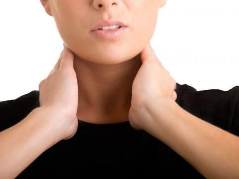 Тиреоидит может давать о себе знать неспецифическими симптомами