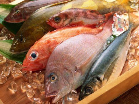 В мясе морской рыбы содержится много йода
