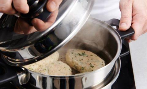 Для приготовления блюд следует использовать щадящие методы обработки.