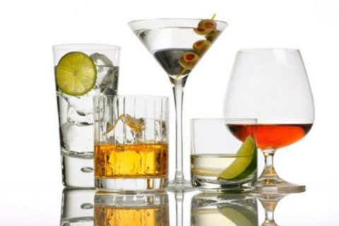 Пациенту следует отказаться от потребления алкоголя.