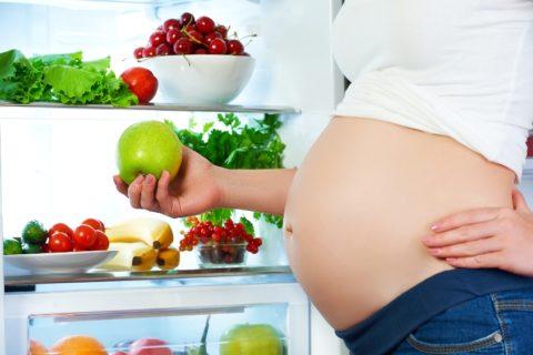 Во время беременности организм женщины претерпевает серьезные гормональные изменения