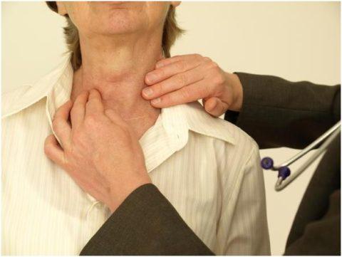 Патологии щитовидной железы часто выявляют у пациенток в возрасте старше 35 лет.