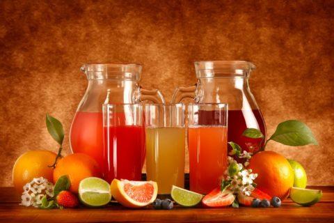 Для предупреждения отеков следует ограничить количество выпиваемой жидкости.