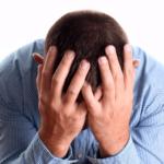 Раздражительность и постоянная смена настроения указывают на изменения в эндокринной системе