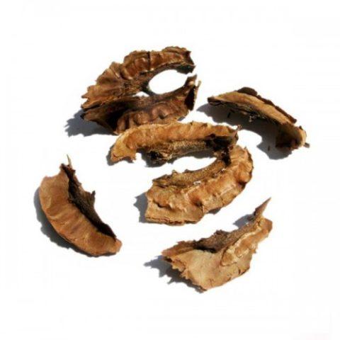 Перегородки грецких орехов отлично помогают в борьбе с гипертиреозом