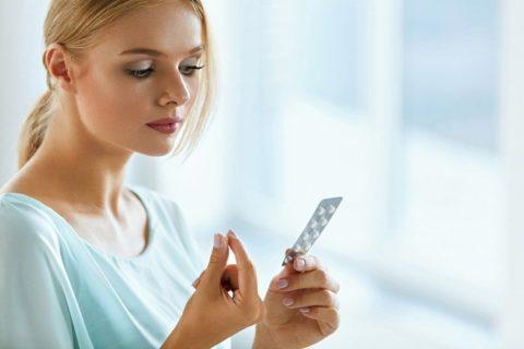 Прием таблеток позволит нормализовать гормональный фон