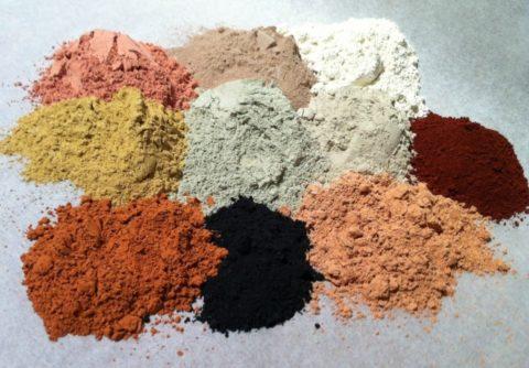 Различные сорта глины используются как в косметических, так и в лечебных целях.