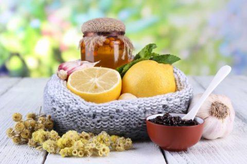 Лечение народными средствами при щитовидной железе: общие принципы, диетическое питание, эффективные рецепты