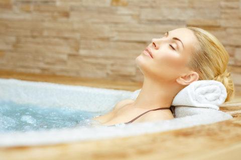 Водные процедуры при лечении гипертиреоза щитовидной железы в санатории.
