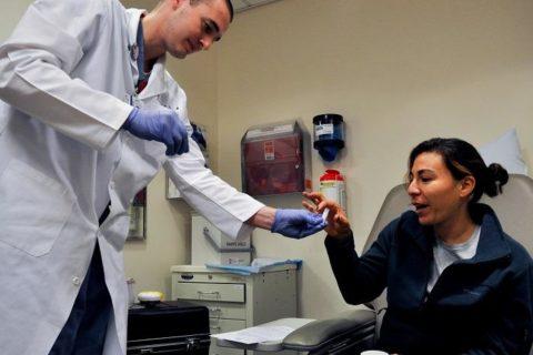 Техника выполнения процедуры лечения изотопом.