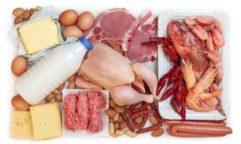 Мясомолочные и рыбные продукты должны быть всегда в рационе для предупреждения развития узлов щитовидки