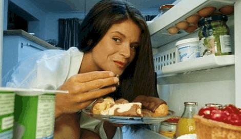 При тиреотоксикозе человек много ест, но не толстеет