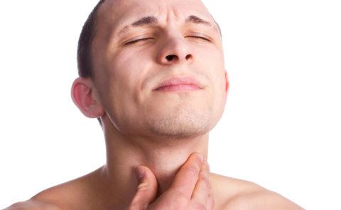 Боль в шее - один из основных признаков заболевания