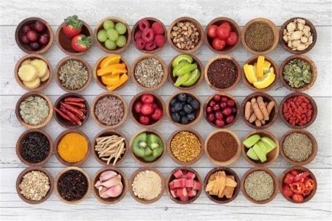 Употребление пищи, богатой витаминами, поможет поддерживать иммунитет на должном уровне и противостоять инфекционным заболеваниям